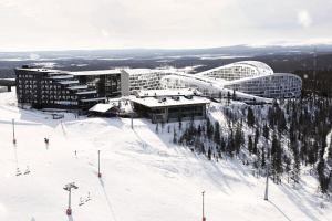 Финский курорт позволит каждому почувствовать себя Карлсоном на лыжах