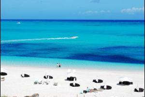 Теркс и Кайкос: Вычислен лучший в мире пляж