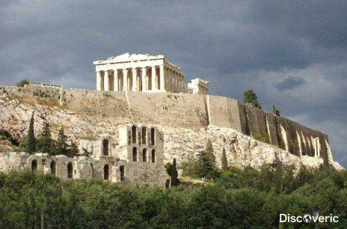 Акрополь - самая выдающаяся греческая достопримечательность