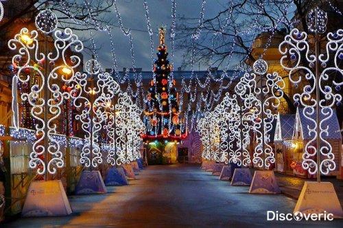 Главная рождественская ярмарка открылась в Санкт-Петербурге