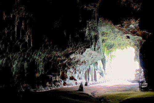 Пещеры ужаса Гомантонга