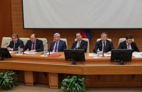 В Госдуме обсудили меры по повышению доступности отдыха за рубежом для россиян